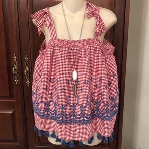 NWT Crown & Ivy red a white gingham tank